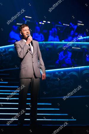 David Thaxton performs