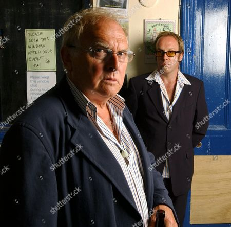 Bidgie Reef and the Gas - Roger Winslet and Peter Brookes