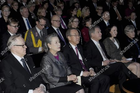 Secretary-General of the United Nations Ban Ki-moon (c) and his wife Yoo Soon-taek (2nd left) with Former Finnish President, founder and chairman of Crisis Management Initiative CMI Martti Ahtisaari, and Finnish President Sauli Niinistö and wife Jenni Haukio