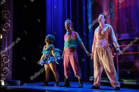 Nancy Wallinger (Tinkerbell), Henry Lewis (Starkey), Dave Hearn (Michael Darling)