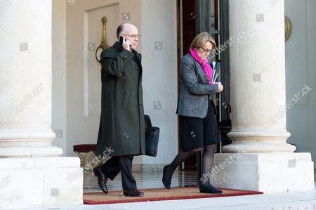 French Interior minister Bernard Cazeneuve (L) and minister for Decentralisation and Public services Marylise Lebranchu