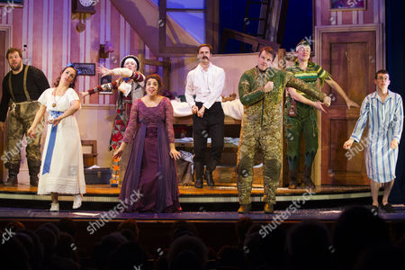 Henry Lewis (Author/Robert), Charlie Russell (Sandra), Nancy Wallinger (Annie), Henry Shields (Author/Chris), Dave Hearn (Max), Greg Tannahill (Jonathan) and Jonathan Sayer (Author/Dennis) during the curtain call