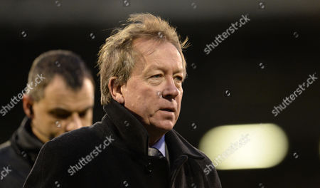 Alan Curbishley during the Sky Bet Championship match between Fulham and Brentford played at Craven Cottage, London on December 12th 2015