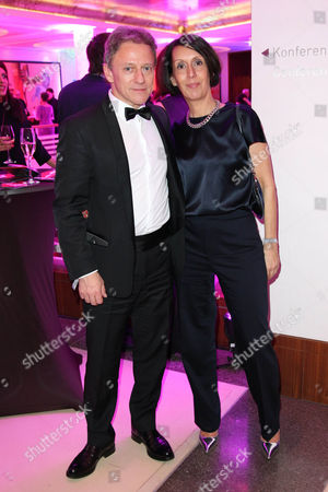 Axel Pape and wife