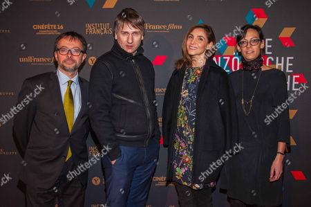 Emmanuel Suard, Stanislas Merhar, Clotilde Courau and guest