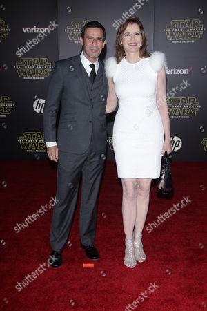 Reza Jarrahy and Geena Davis