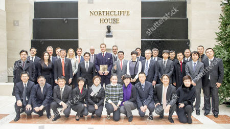 Lord Rothermere (c) Chairs A Meeting At Northcliffe House With Chinese Delegates And Dmg Executives To Discuss Online Strategies.