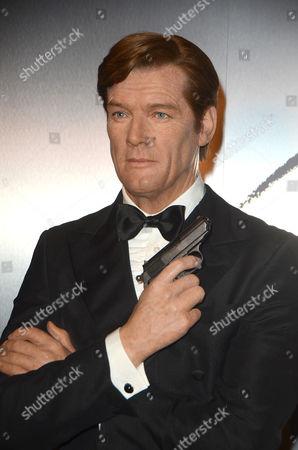 Sir Roger Moore wax figure