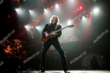 Guitarist Scott Gorham