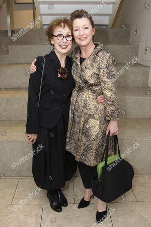 Una Stubbs (Madame de Rosemonde) and Lesley Manville