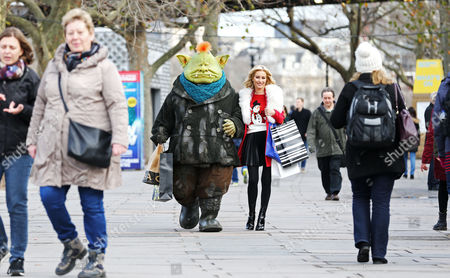 London's commuters were surprised and delighted to see Raymond Briggs' character Fungus come to life and venture above ground in London, and even do a spot of Christmas shopping with celebrity Denise Van Outen, to mark the launch of Sky 1's hotly anticipated family drama Fungus the Bogeyman.