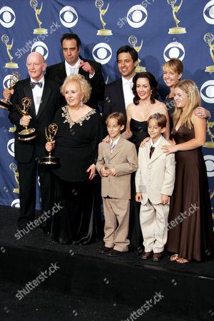 Cast of 'Everybody Loves Raymond' - Ray Romano, Patricia Heaton, Doris Roberts, Monica Horan and Peter Boyle