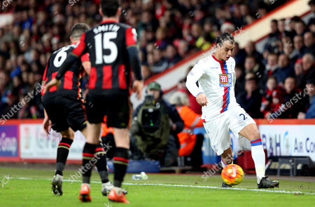 Crystal Palace's Marouane Chamakh (R) during the Barclays Premier League match between AFC Bournemouth and Crystal Palace played at Vitality Stadium at Dean Court, Bournemouth on December 26th 2015