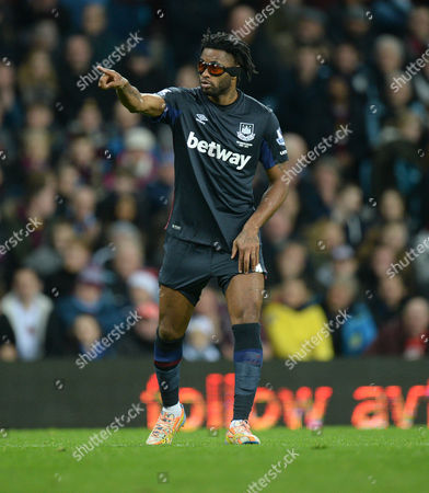 Alexandre Song of West Ham United- Mandatory byline: Alex James/JMP