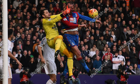 Marouane Chamakh causes mayhem for Lukasz Fabianski during the Barclays Premier League match between Crystal Palace and Swansea City at Selhurst Park, London