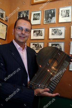 Stock Picture of THE ORIGINAL ZITHER USED BY ANTON KARAS FOR THE FILM, NOW OWNED BY WERNER CHUDIK, A CLOSE RELATION OF THE FAMOUS MUSICIAN