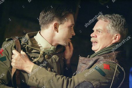 'Journey's End' at the New Ambassadors Theatre - Ben Righton and Michael Siberry
