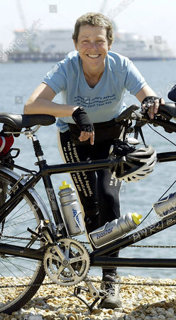 Cancer sufferer Jane Tomlinson arriving in Dover on the final stage of her charity bicycle ride from Rome.