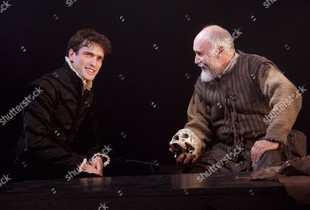 Editorial picture of 'HAMLET' PLAY AT THE OXFORD PLAYHOUSE, OXFORD, BRITAIN - 26 SEP 2005