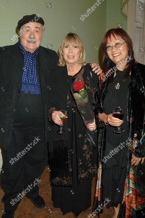 Victor Spinetti, Cynthia Lennon and May Pang