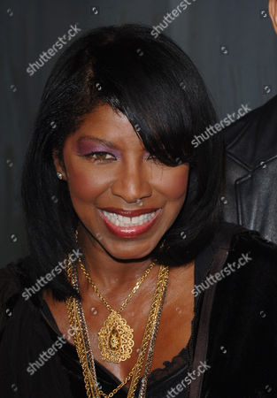 Natalie Cole pictured in 2006