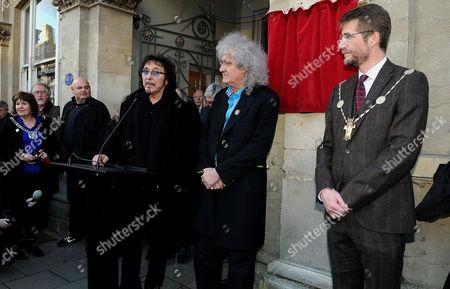Tony Iommi speaks besides Brian May
