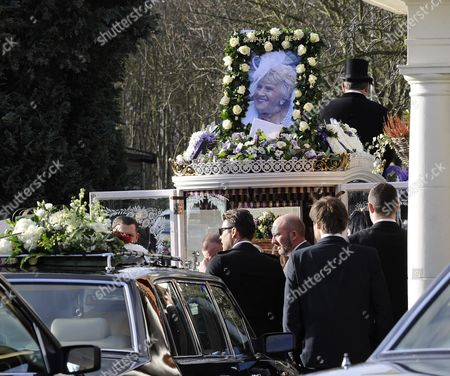 The Wright Family and towie co stars arrive for the funeral of Nanny Pat.