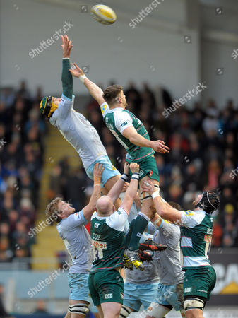 Stock Photo of Northampton's Victor Matfield (L) out jumps Mike Fitzgerald in the lineout - Rugby Union - Aviva Premiership - 09/01/16 - Leicester Tigers v Northampton Saints - at Welford Road Leicester UK. Photo Credit - Tom Dwyer/Seconds Left Images