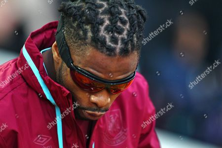 Alex Song of West Ham United wears protective goggles    during the Emirates FA Cup 3rd Round between West Ham United and Wolverhampton Wanderers    played at Boleyn Ground on 9th January 2016 in London