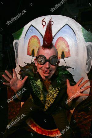 Hannibal Helmurto the sword swallower