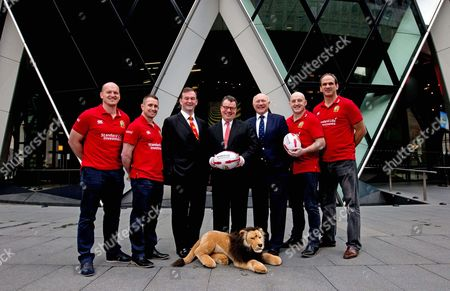 Standard Life Investment ambassadors Gregor Townsend, Shane Williams, Keith Wood and Martin Johnson with British & Irish Lions CEO John Feehan, Keith Skeoch, Chief Executive Officer of Standard Life plc and British & Irish Lions 2017 Tour Manager John Spencer today announced Standard Life Investments as the Principal Partner and Jersey Sponsor of The British & Irish Lions 2017 Tour to New Zealand.