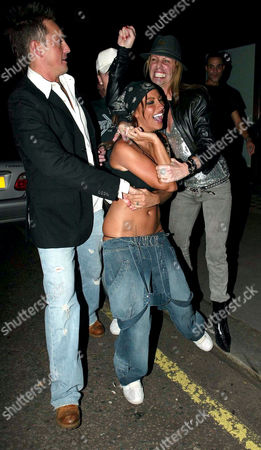 Editorial picture of STARS OUT AND ABOUT IN LONDON, BRITAIN - 06 OCT 2005