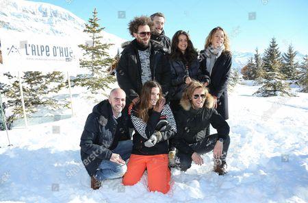 Nicolas Benamou, Vincent Desagnat, Alice David, Elodie Fontan, Julien Arruti, Charlotte Gabris and Philippe Lacheau