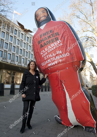 American Embassy In Grosvenor Square Central London: Actors And Members Of The Company Of The Tricycle Theatre's Original Production Of 'guantanamo' Gather To Highlight The Plight Of Guantanamo Detainee Shakar Aamer A Cause Taken Up By The Daily Mail. Pictured Here Is 'guantanamo' Cowriter Gillian Slovo.