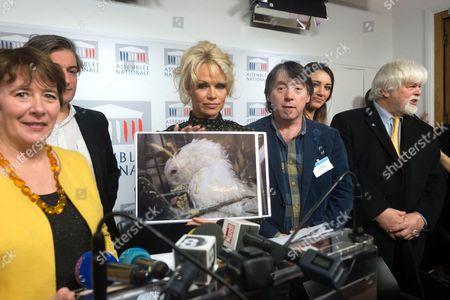 Laurence Abeille, Pamela Anderson, France Delphine Wespiser and Paul Watson