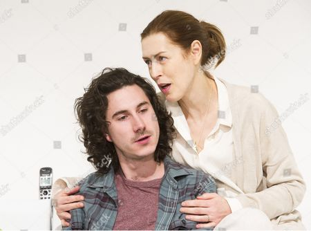 William Postlethwaite as Nicholas, Gina McKee as Anne,