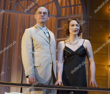 Richard Teverson as Victor, Laura Rogers as Amanda