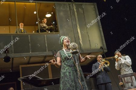 Finbar Lynch as Irvin, Stuart McQuarrie as Sturdyvant, Sharon D Clarke as Ma Rainey, Clint Dyer as Cutler, O-T Fagbenle as Levee