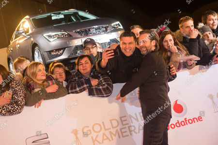 Matthias Matschke with fans