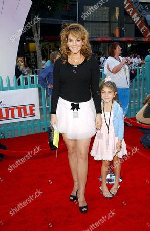 Sandi Taylor and daughter