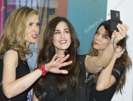 Juana Acosta (R), Judit Masco (L), Patry Jordan (C)