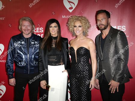 Phillip Sweet, Kimberly Roads, Karen Fairchild and Jimi Westbrook of Little Big Town