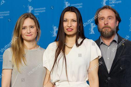 Julia Jentsch, Anne Zohra Berrached, Bjarne Maedel