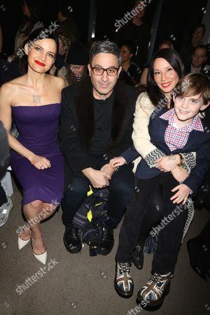 Carla Gugino, Jason Weinberg, Lucy Liu and Jasper Weinberg