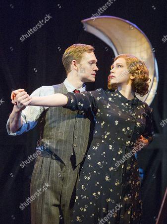 Stock Photo of Matthew Malthouse as Eddie, Emma Williams as Maureen
