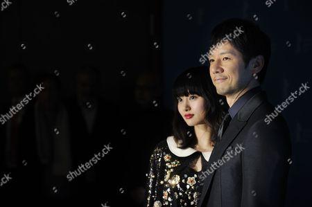 Shioli Kutsuna and Hidetoshi Nishijima
