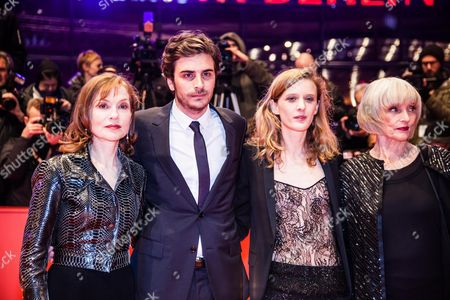 Isabelle Huppert, Roman Kolinka, director Mia Hansen-Love and Edith Scob