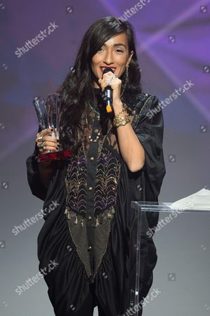 Hindi Zahra receives the award for the best world music album