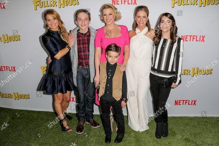 Candace Cameron Bure, Michael Campion, Jodie Sweetin, Elias Harger, Andrea Barber, Soni Bringas