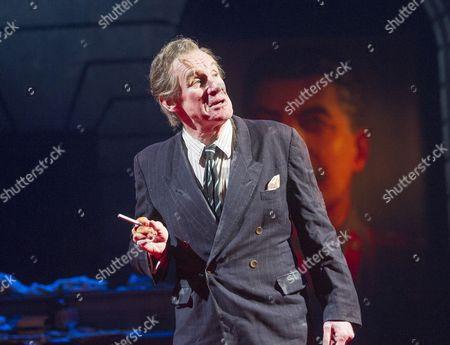 An Englishman Abroad  Nicholas Farrell as Guy Burgess
